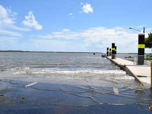 Huge tides threaten to engulf shoreline