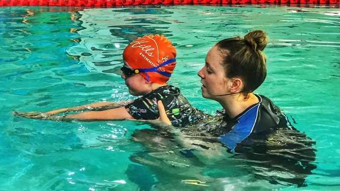 Labor to bring back Aussie kids knowing how to swim