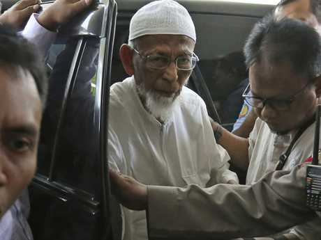 Ailing radical cleric Abu Bakar Bashir arrives for medical treatment at Cipto Mangunkusumo Hospital in Jakarta, Indonesia in 2018. Picture: AP