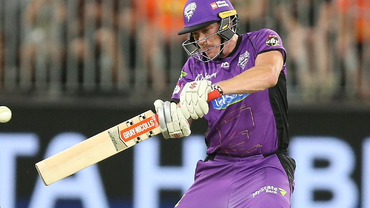 James Faulkner hits Hobart Hurricanes to victory against Perth Scorchers at Optus Stadium. Picture: Paul Kane/Getty Images.
