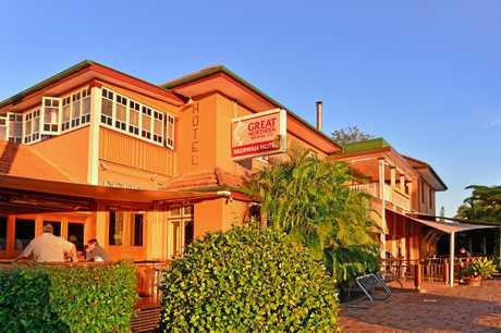 Beerwah Hotel at sunset.