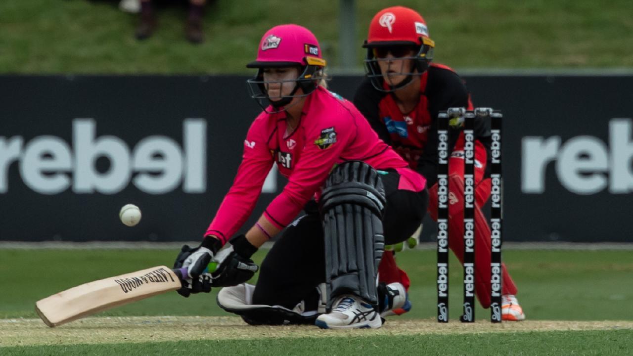 Dane Van Niekerk helped rescue the Sixers' innings. Picture: AAP