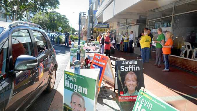 Signs at the pre-polling booth in Lismore during the 2016 Federal election.