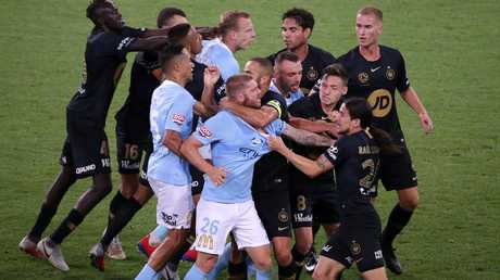 It was an A-League game with plenty of entertainment. (AAP Image/George Salpigtidis)