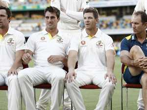 Aussies pull shock captaincy change