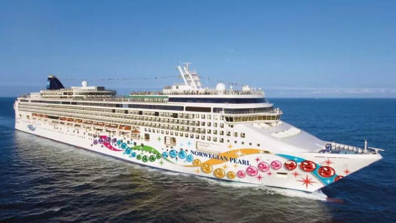 Cruise passengers Mary and Bobby Jackson were travelling on Norwegian Jewel at the time. Picture: Norwegian Cruise Line