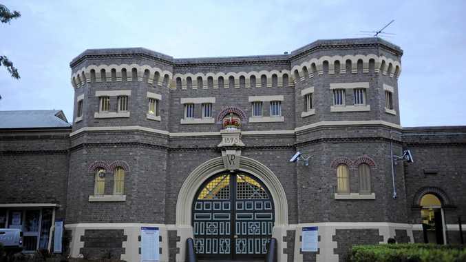 Jail visitor gets week behind bars