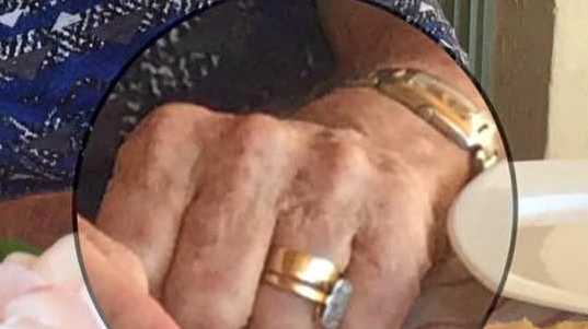 Thief tries to sell elderly woman's engagement ring for $100