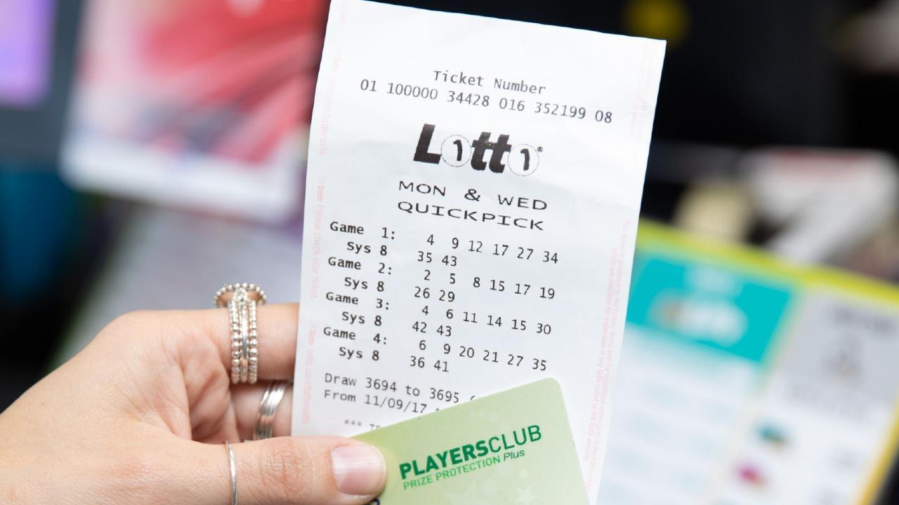 Lotto winner for Mosman Daily.