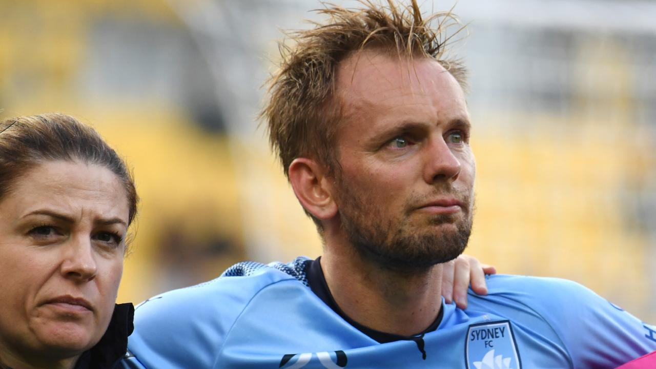 Siem de Jong's injury could be a costly blow. (AAP Image/SNPA, Ross Setford)