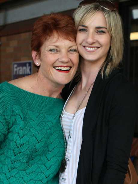 Pauline Hanson with her daughter Lee Hanson.