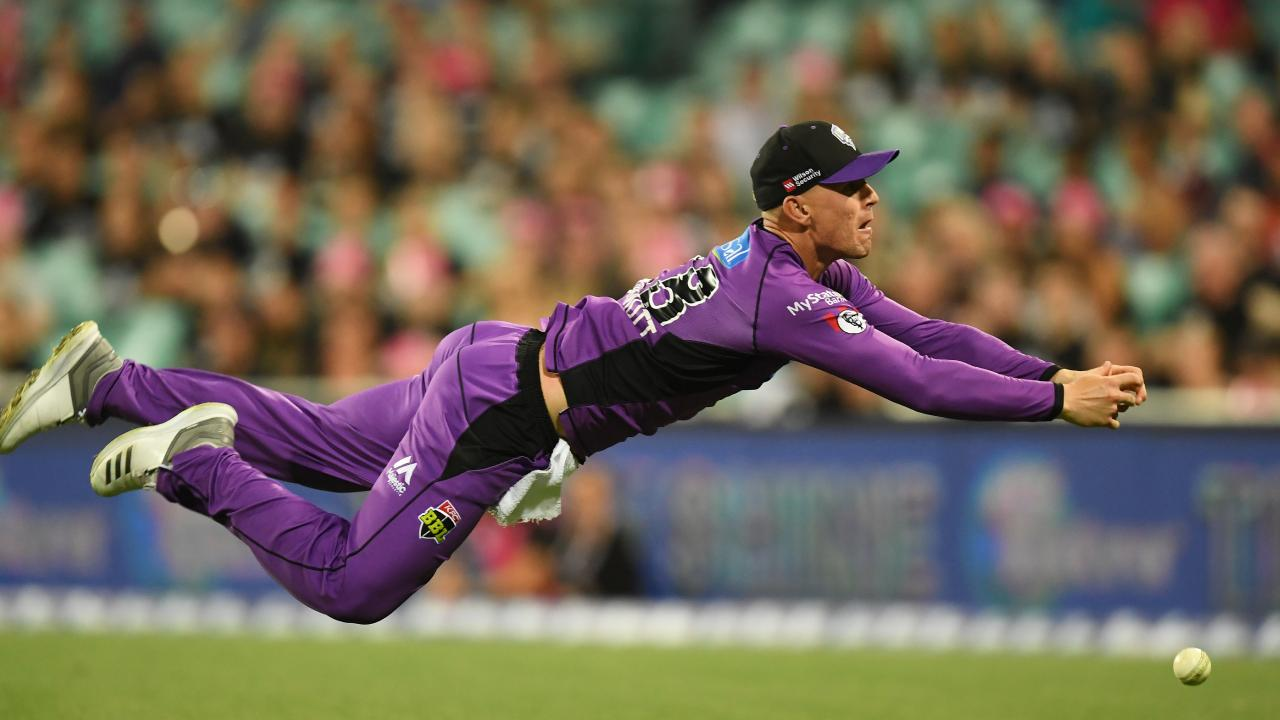 Ben McDermott of the Hurricanes drops a catch during the Big Bash League match between the Sydney Sixers and the Hobart Hurricanes. (AAP Image/Dean Lewins)