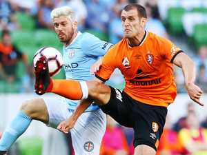 Questions over snubbing of Roar's veteran back