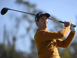 Scott gives himself a chance at Torrey Pines after a 66