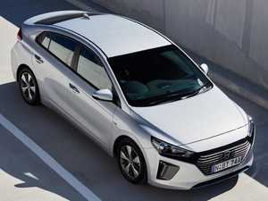 Hyundai's plug-in hybrid looks — and goes — like normal car