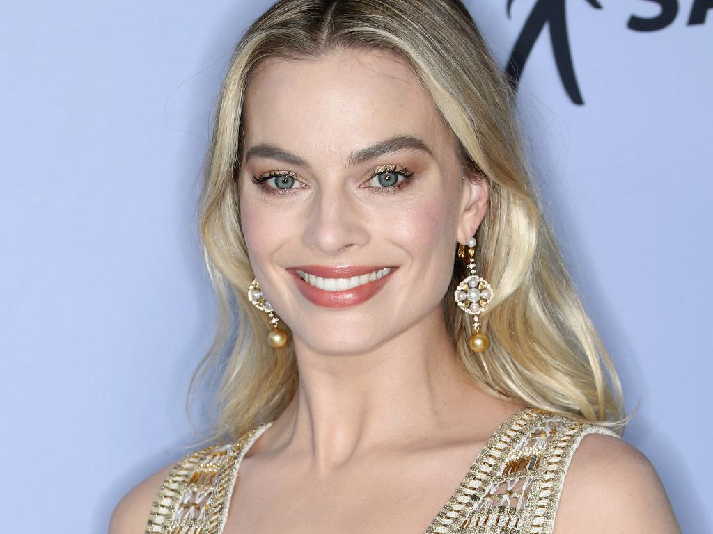 Margot Robbie lost to Emily Blunt at the SAG Awards. Picture: Getty