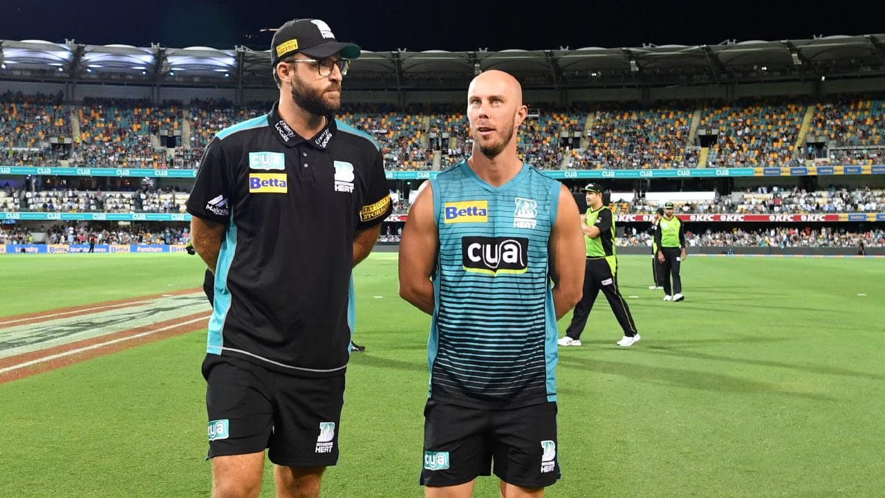 Heat coach Daniel Vettori (left) with captain Chris Lynn (right). Picture: AAP