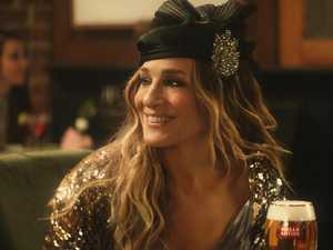 SJP reprises Carrie Bradshaw role