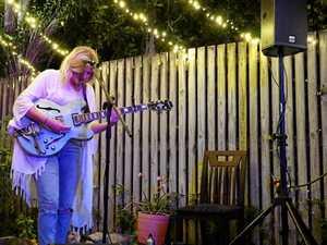 A backyard gig with picnic vibes