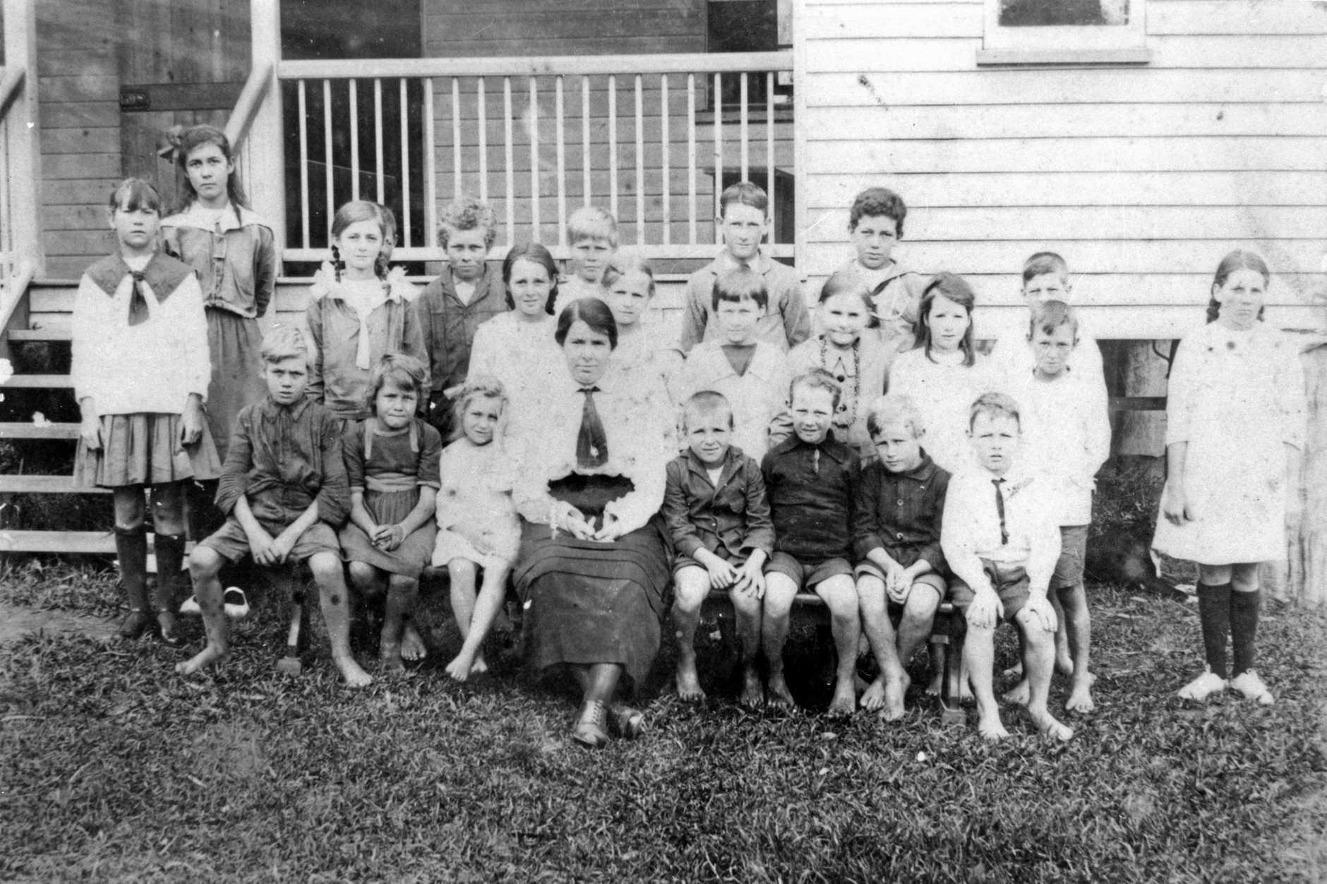 Coolum State School pupils with their teacher, Miss Ellen Chapman, ca 1920.