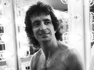 Bon Scott's letter to girlfriend to be auctioned
