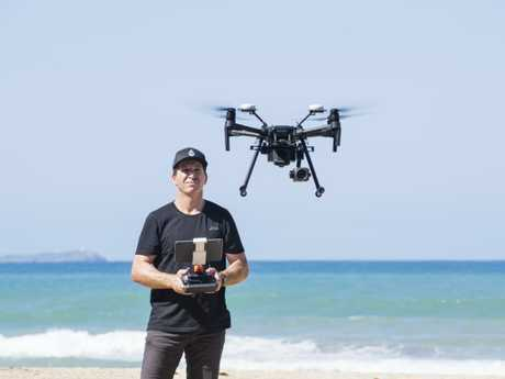 Drone pilot and professor Brendan Kelaher at Charlesworth Bay National Marine Science Center. NSW DPI uses dams for controlling the beaches over the last three years within the NSW Shark Management Strategy. The Southern Cross University research team carefully studied the drone footage and counted more than 4100 marine animals. Source: Elise Derwin
