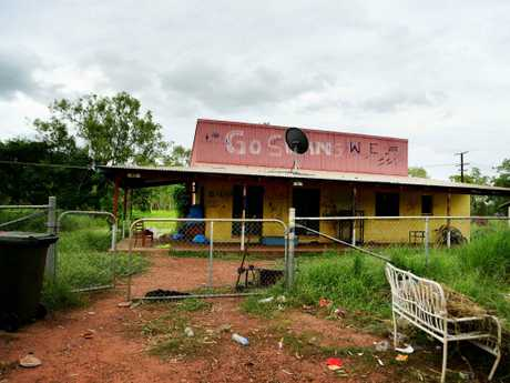 Filthy, barely habitable houses in the community of Beswick, is located 420km from Darwin, NT. Picture: Justin Kennedy