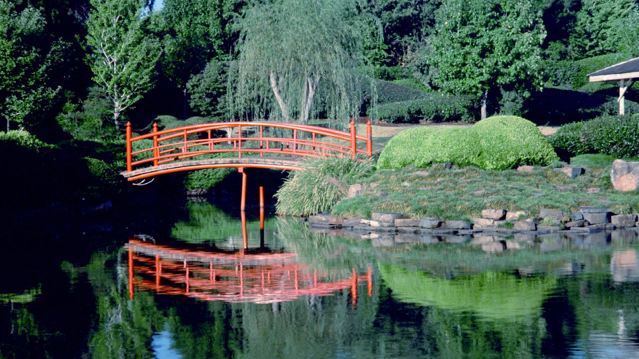 The Japanese gardens are a must-see for Toowoomba tourists.