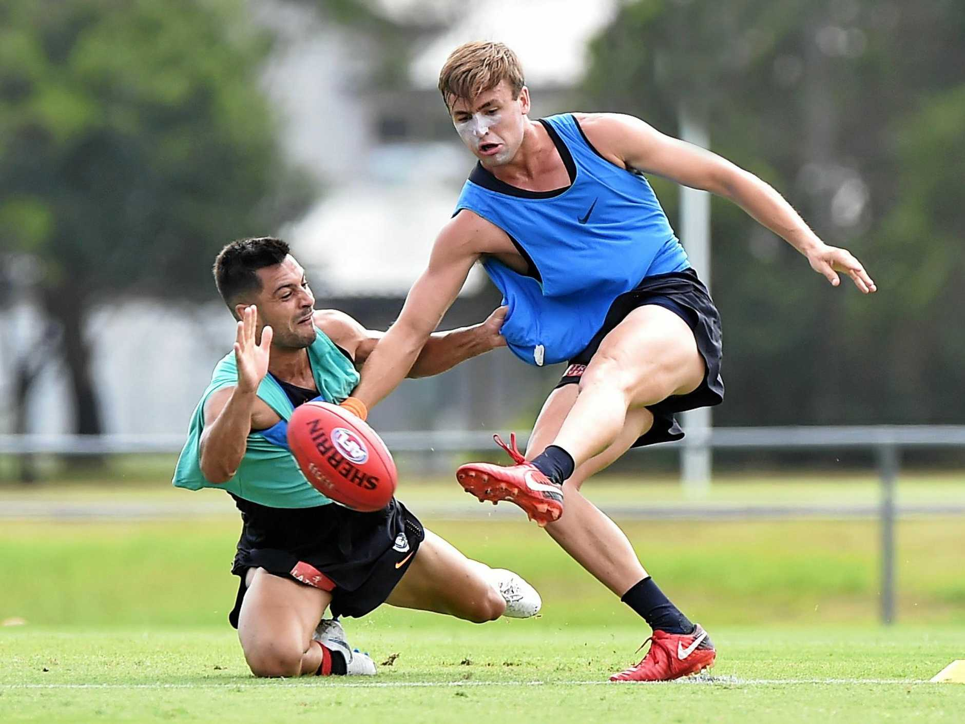 AFL: Carlton Blues pre-season open training session. Young gun Lochie O'Brien (red shoes, blue top).