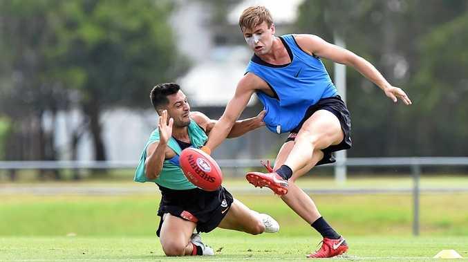 AFL: Carlton Blues pre-season open training session. Young gun Lochie O'Brien (red shoes, blue top).