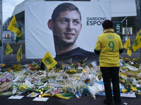 Fans everywhere have paid tribute to Sala.