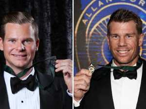 Smith, Warner snub AB Medal night