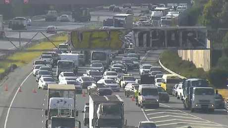 Monash Freeway traffic being diverted this morning. Picture: VicTraffic