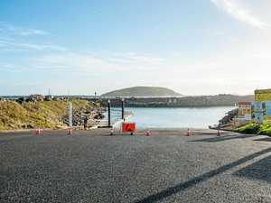 Fraser slammed by council over boat ramp claims