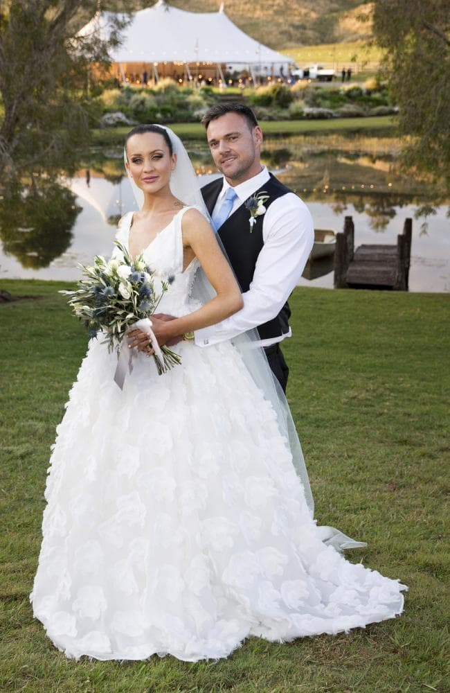 Ines and Bronson from MAFS at their wedding.