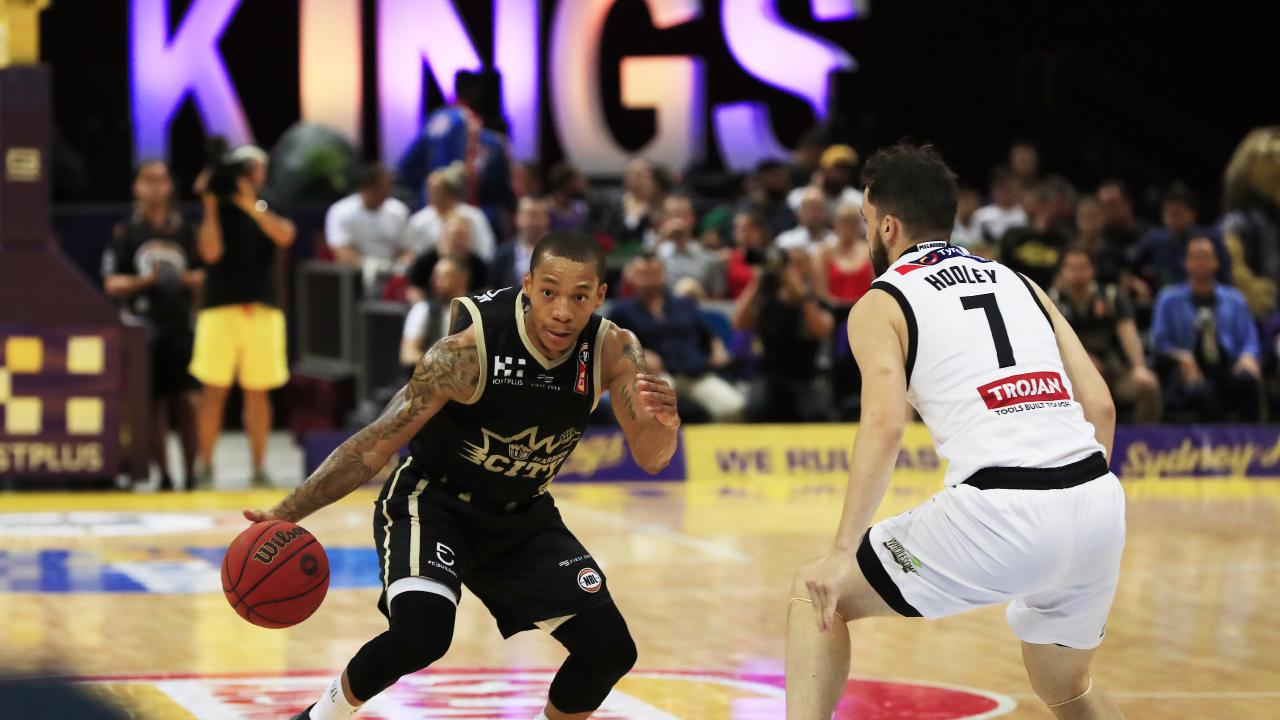 Jerome Randle goes on the attack against Melbourne United.