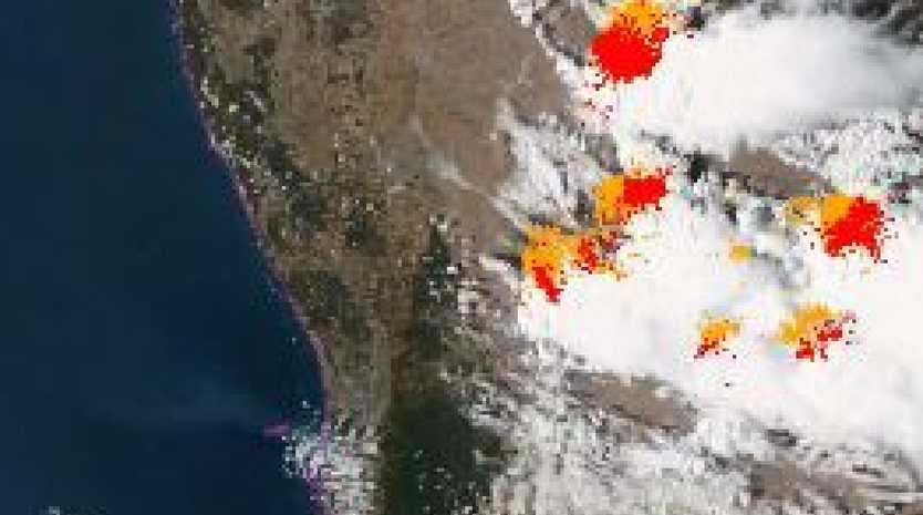 Graphic image of fires burning south of Perth. Picture: BoM