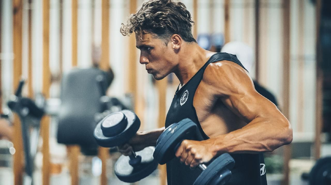 Charlie Curnow in the weight room during Carlton's pre-season camp on the Sunshine Coast on February 5, 2019. Picture: BEN VOS