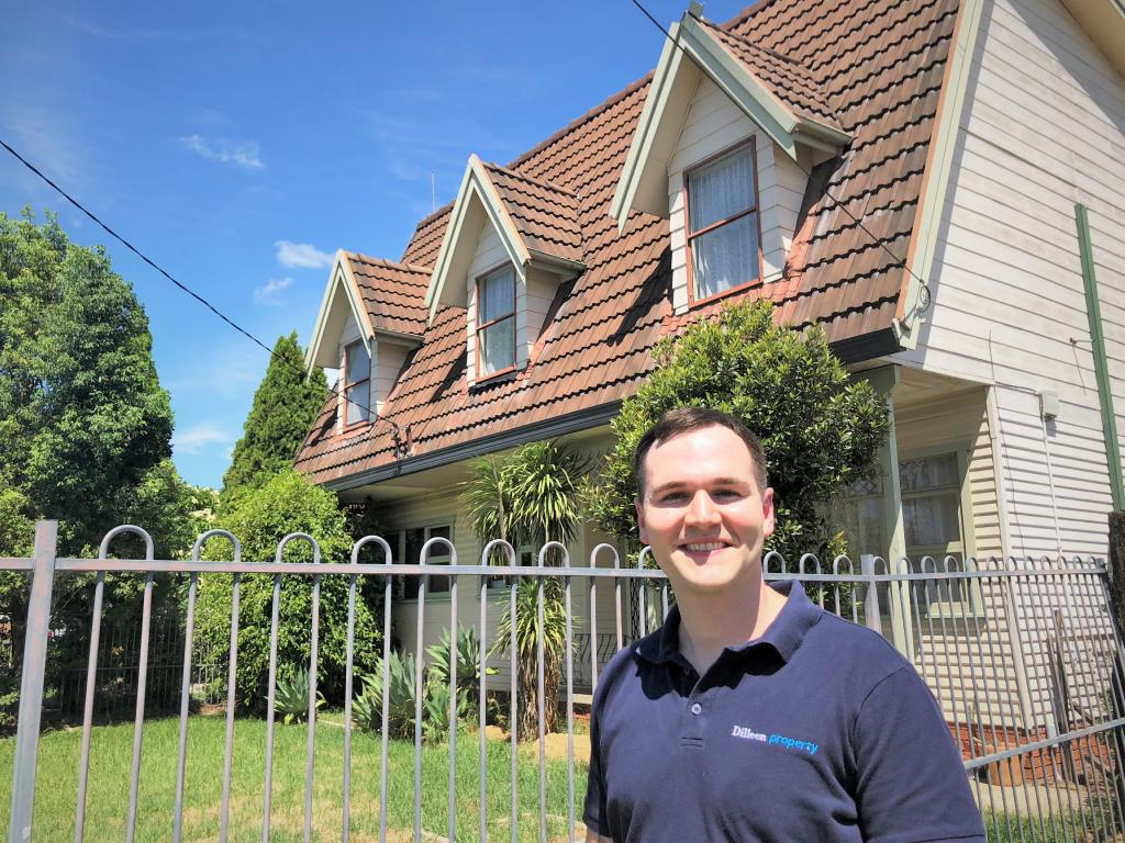 He snapped up the six-bedroom house for a discount at $750,000.