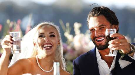 Elizabeth and Sam at their wedding before the body shaming began. Picture: Nigel Wright/ Channel Nine.