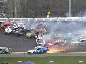 Crash wipes out almost entire Daytona field