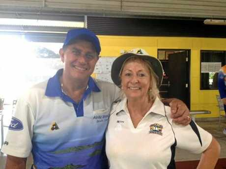 Airlies Betty Nicolle and Manny Isgro will also contest the 2019 Mackay District Mixed Pairs semi-finals.