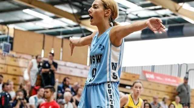 REPRESENT: Byron Bay Beez' Laila Campbell.