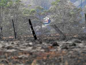 More houses lost to bushfire overnight
