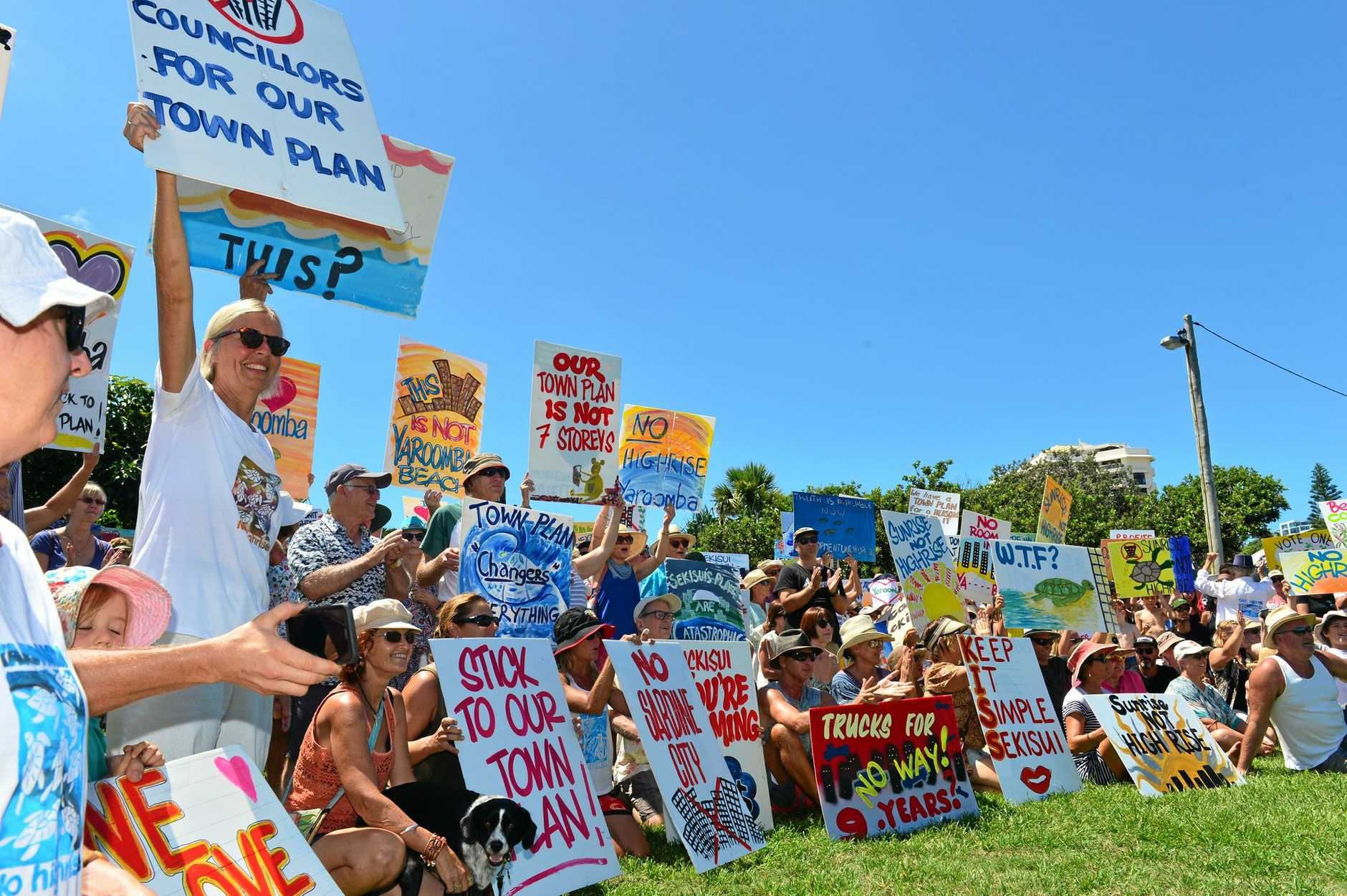 Protesters turned out in hundreds at Tickle Park, Coolum to campaign aganst the proposed Sekisui development at Yaroomba.