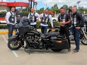 League legends ride into town