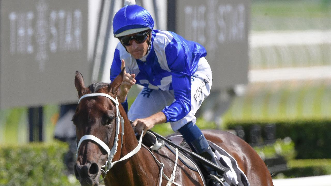 Hugh Bowman and Winx after their Apollo Stakes win. Pic: AAP