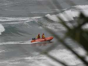 Swim fins may help in finding missing lifesaver