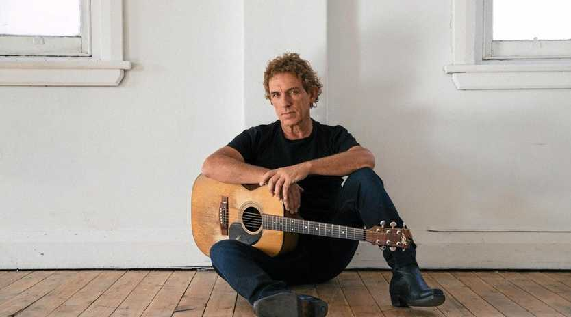 VISITING: Ian Moss will be bringing his show to Ipswich this March.