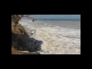 High tide at Mudlo Rocks